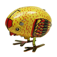 New Arrival Classical Wind Up Chick Tin Toy Clockwork Spring Pecking Chick Toys For Children Vintage Style For Kids classic mini clockwork animal cock chick children wind up kids educatinal high imitation chick toys wind up toy