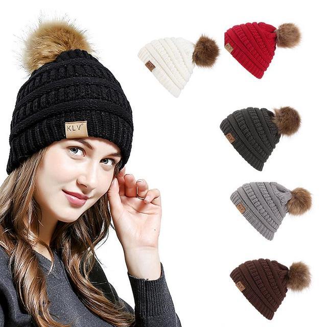 Marca de invierno mujer gorra Pom sombrero del Invierno para mujer sombrero  de punto gorros sombrero e1f25bac0eb