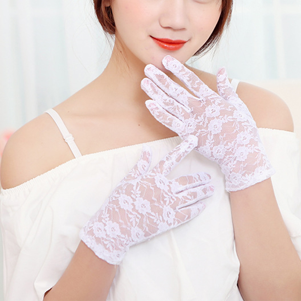 1 Pair Of Short Lace Gloves UV Protection Full Finger Gloves Outdoor Driving Gloves Prom Party Driving Wedding Gloves