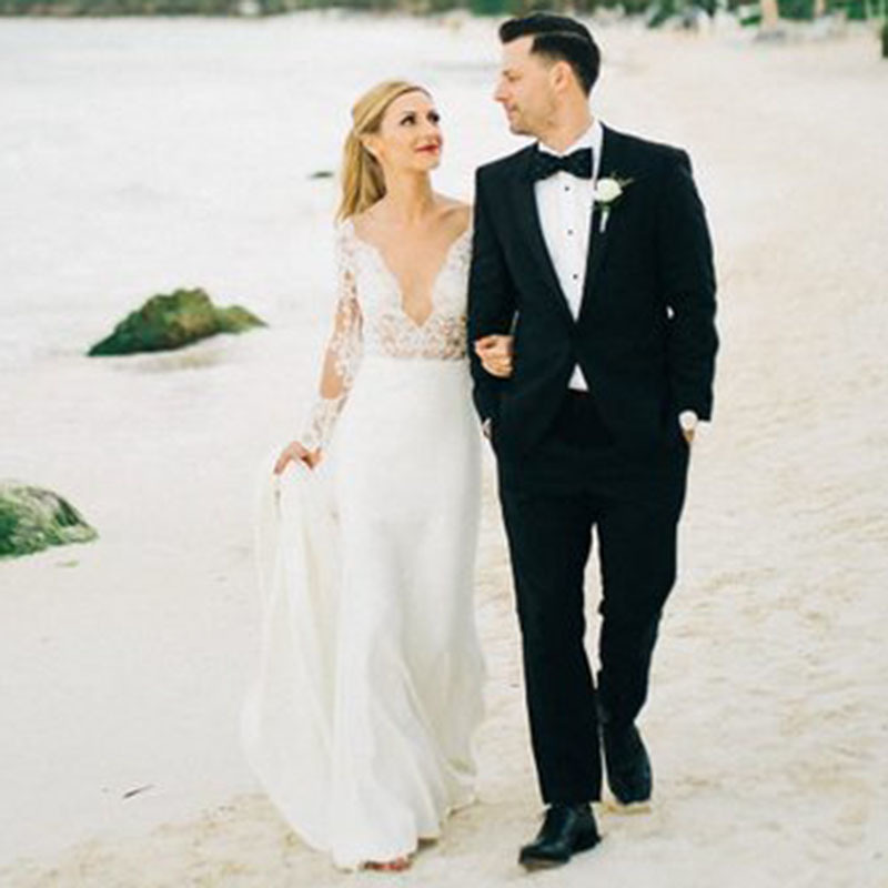 Long Sleeve Wedding Dresses Mermaid Appliques Lace V Neck Beach Bridal Dress Custom Made Wedding Gown Free Shipping 2019 in Wedding Dresses from Weddings Events