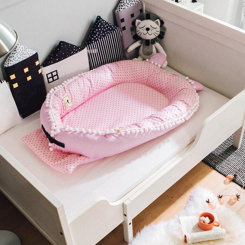 Satin bébé nid bande dessinée impression Bionic lit pliant détachable lavable Portable bébé lit multifonctionnel infantile voyage berceau
