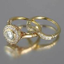 Huitan Luxury 2PC Wedding Ring For Women Brilliant CZ Prong Setting Engagement Ring Fashion Jewelry Wholesale Bridal Set