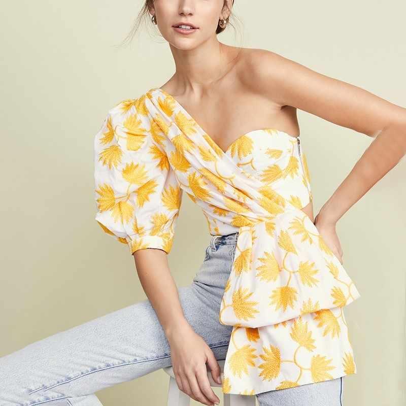 TWOTWINSTYLE הדפסת פאף חצי שרוול חולצות חולצה נשים כבוי כתף סדיר יבול למעלה נקבה 2019 סקסי מקרית אופנה גאות