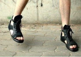 Tobillo Tiras Ocio Punk Corte Estilo Negro Sandalias Caliente Nuevo De 2018 Verano Hombre Cuero Genuino Gladiadores Para 0OxFwq7x