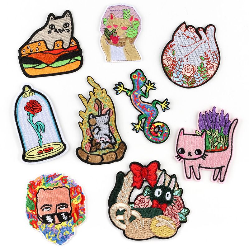 Cartoon Puppy Dog Embroidery Fabric Patches Iron on Cap Hat Shirts Badges Crafts