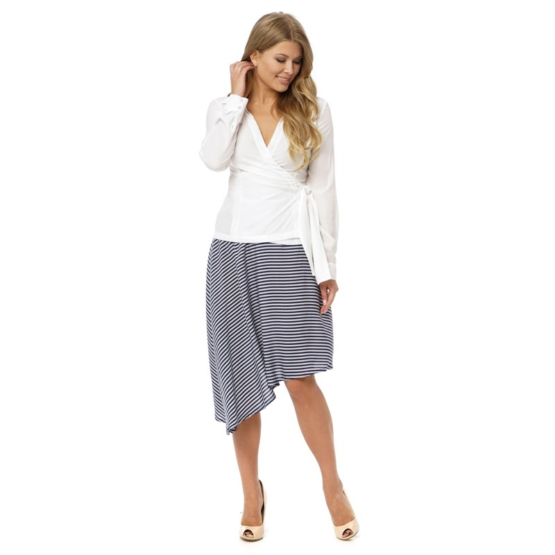 Pencil skirt with contrast pockets. rib knit pencil skirt