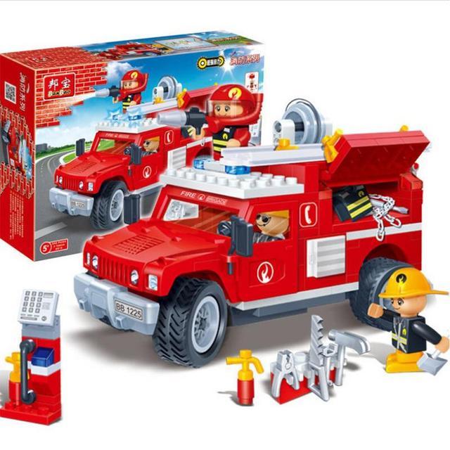 DIY Granul Puzzle Memasukkan Blok Bangunan Set Pemadam Kebakaran Model Truk Mainan untuk Hadiah Ulang Tahun Anak-anak