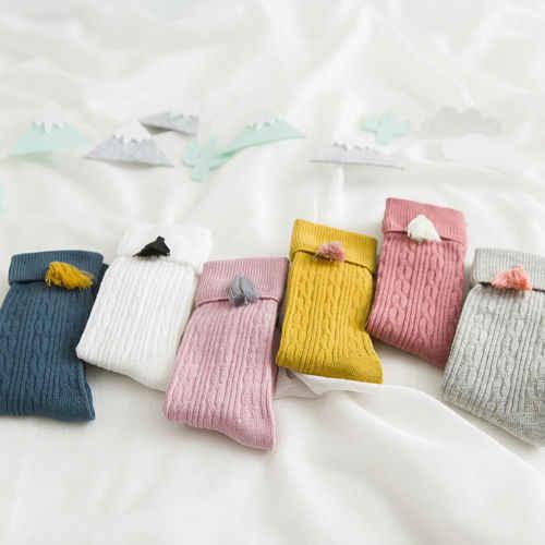 Nowa wiosna jesień dziewczynek bawełniane skarpety do kolan w jednolitym cukierkowym kolorze dzieci maluch krótkie skarpetki dla dzieci z frędzlami 1-8Y