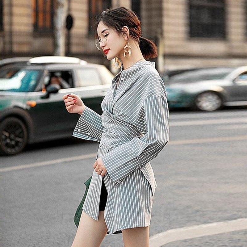da1492397a2b TWOTWINSTYLE camisas asimétricas blusa femenina cuello de soporte de ...