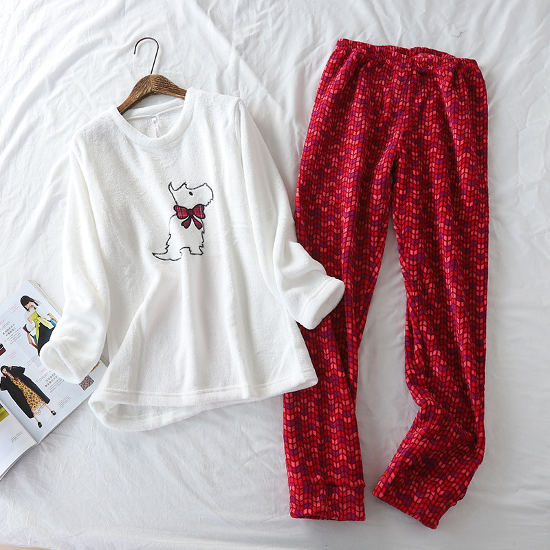 New Coral Velvet Super Soft Embroidered Dog Pijamas Winter Long Sleeve Pajamas For Women Cartoon Fleece Pyjamas Warm Sleepwear