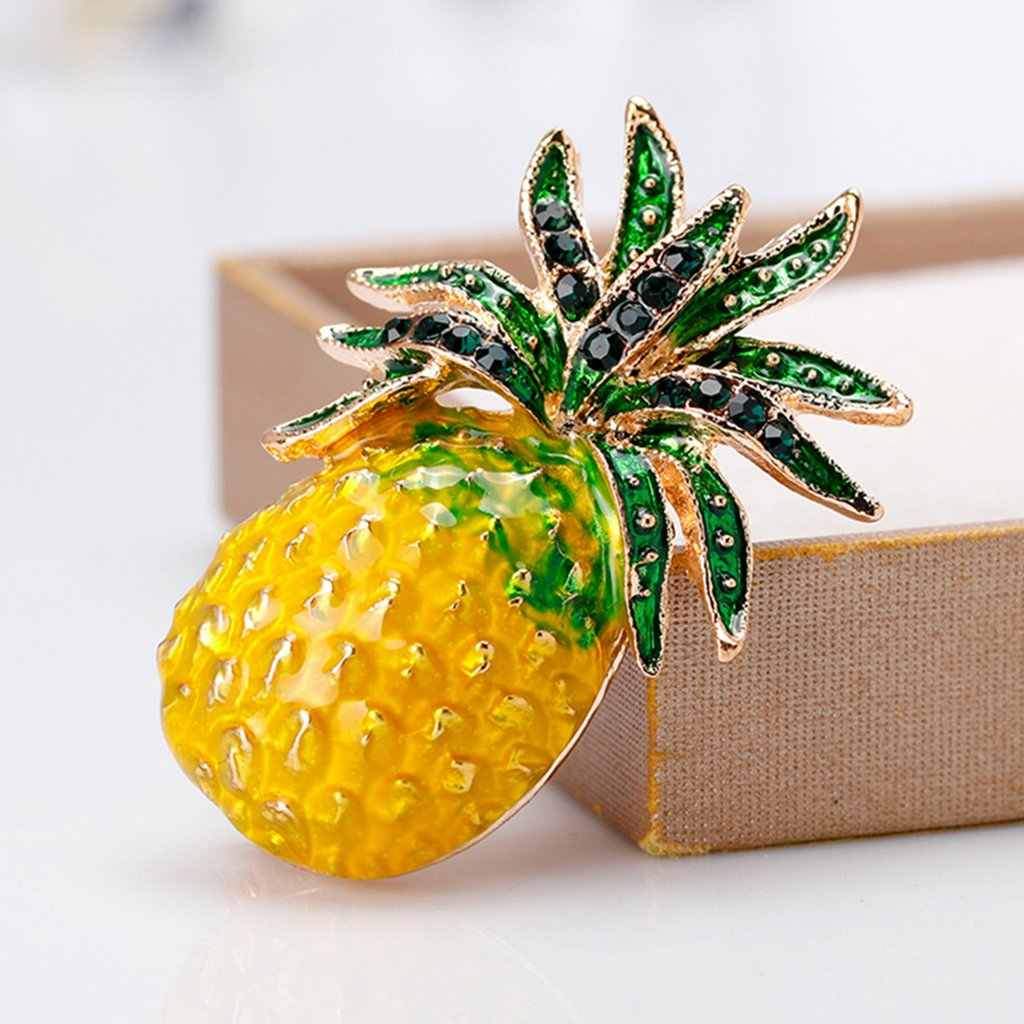 New Pineapple Brooch Pins Fruit Jewelry Cute For Women Suit Fashion Gift Corsage