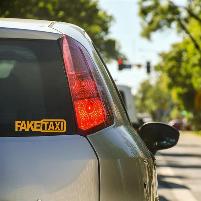1 pcs Etiqueta Do Carro Deriva Carro de Corrida Turbo Hoon FALSO TÁXI Carro Engraçado Decalque Adesivo PET Durável Cores Brilhantes Claro adesivo