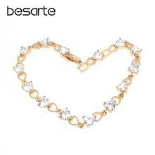 Женский браслет с кристаллами в виде сердца 19 см