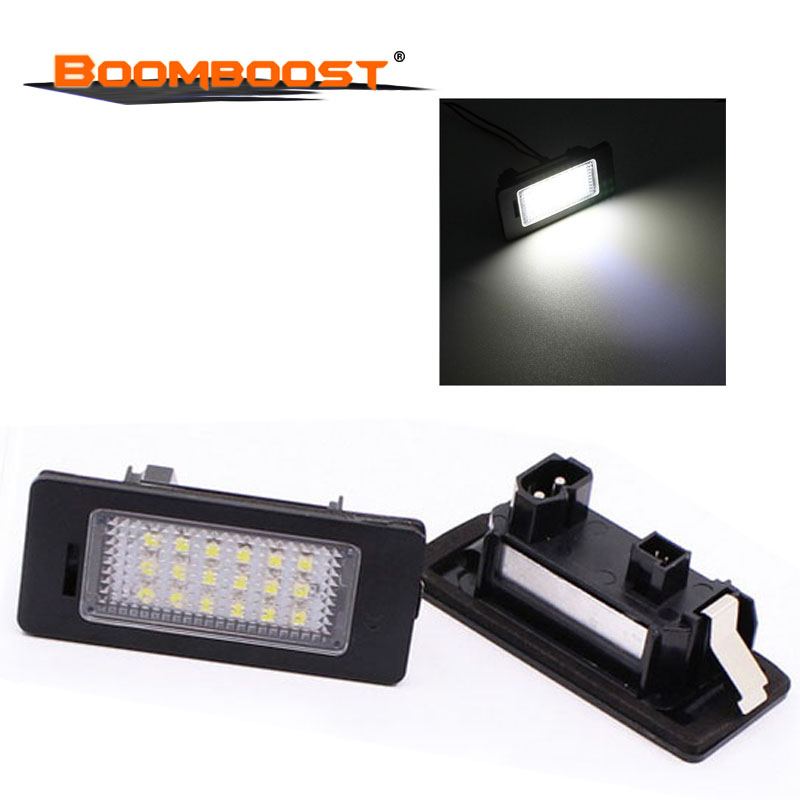 2Pcs Number plate Light For BMW E39 M5 <font><b>E5</b></font> E90 E90 E92 E93 E70 E71 X5 X6 M3 18SMD LED Car Lights <font><b>12V</b></font> LED License plate lamp image