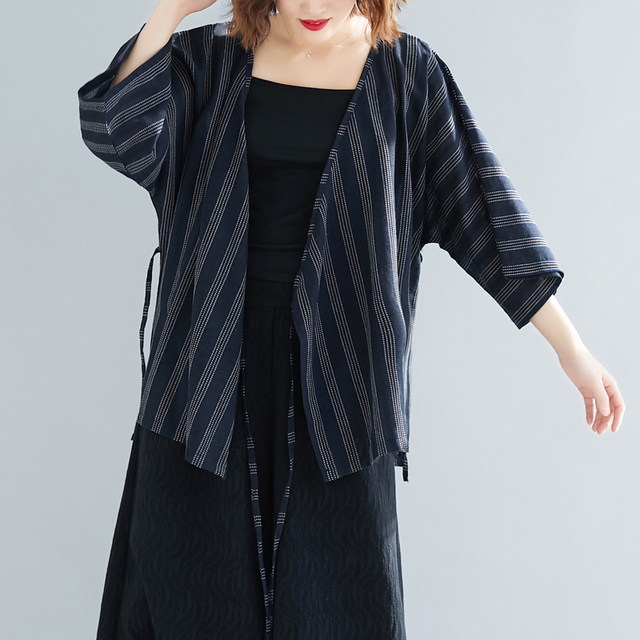 fabfbe5d02e  2988 Black Sunscreen Vertical Stripe Kimono Shirt Tunic Vintage Kimono  Blouse For Women Open Stitch Oversize Blouses Plus Size
