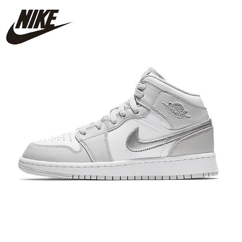 NIKE Air Jordan 1 chaussures de basket-ball pour femmes