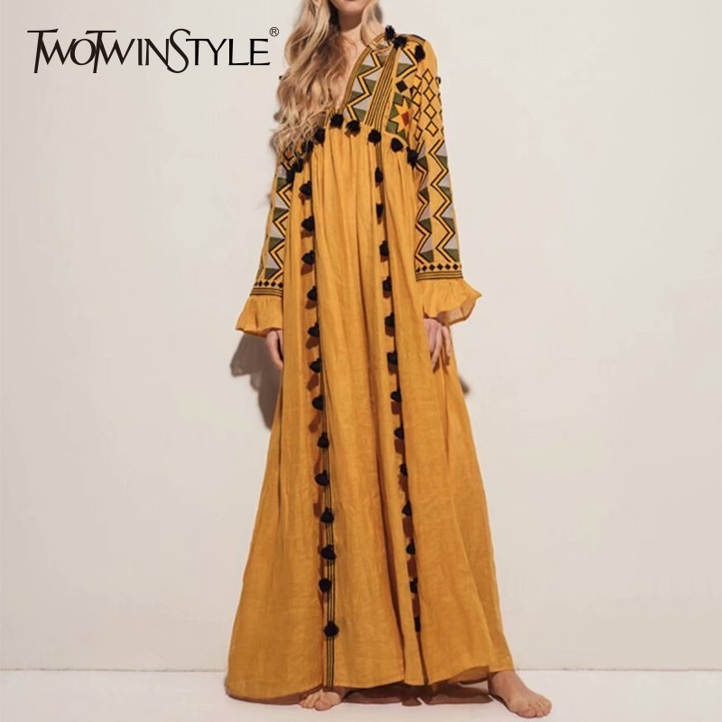 TWOTWINSTYLE Vintage Embroidery V Neck Dress Women Long Sleeve Tassel Patchwork Dresses Female Chinese Style 2019