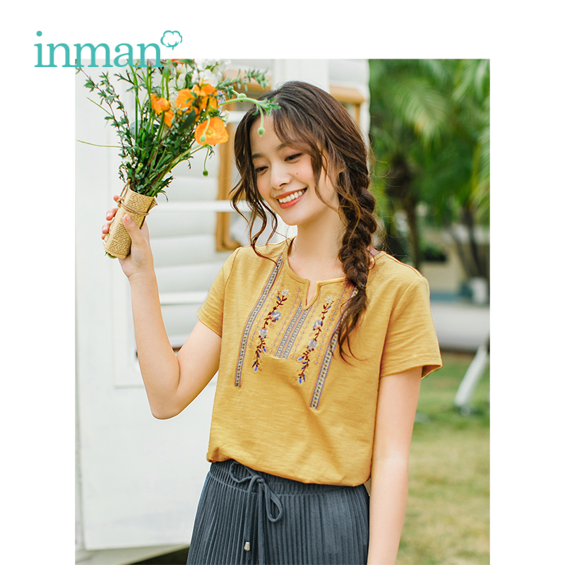 INMAN 2019 Summer New Arrival V-neck Literary Retro Embrodery Casual Holiday Style Slim Short Sleeves Women T-Shirt