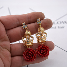 Women Fashion Queen Vintage Earrings Baroque Royal Rose Flower Crown Metal Statement Dangle Wendding Party Jewelry Gift