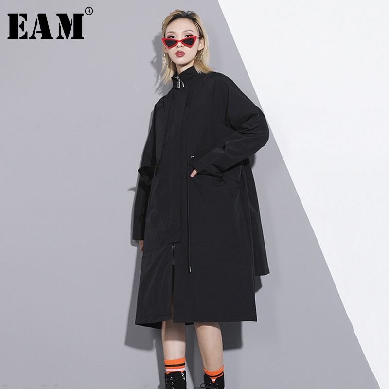 [EAM] 2019 New Spring Summer Stand Collar Long Sleeve Black Loose Back Pattern Big Size Windbreaker Women   Trench   Fashion JQ471