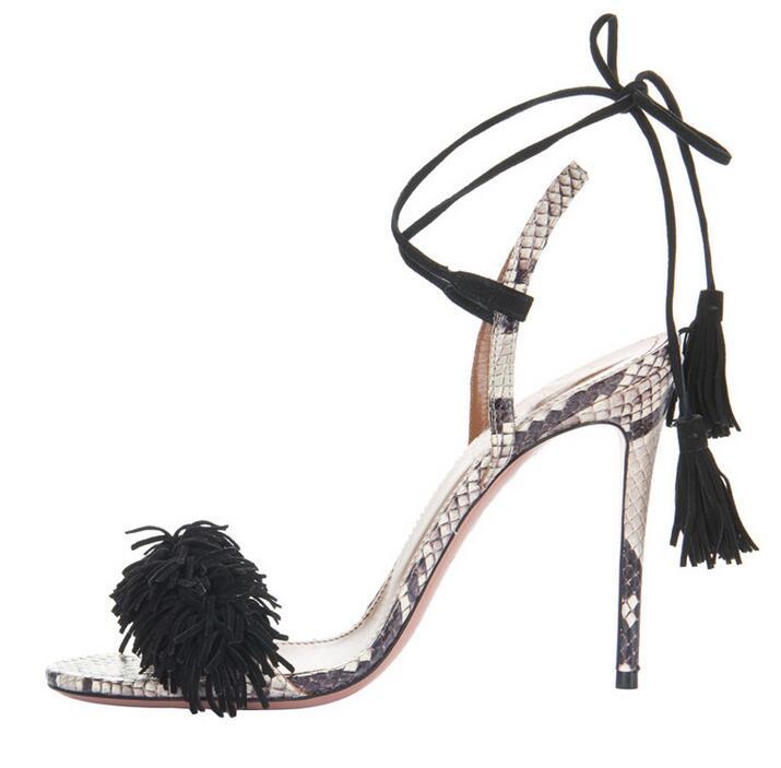 Лидер продаж, женские сандалии из змеиной кожи на шнуровке с кисточками, сандалии гладиаторы на тонком каблуке с вырезами и перекрестной шн