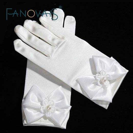 New Arrival Wrist Length Short Wedding Gloves for Little Girls with Pearls Bow Gloves 2019