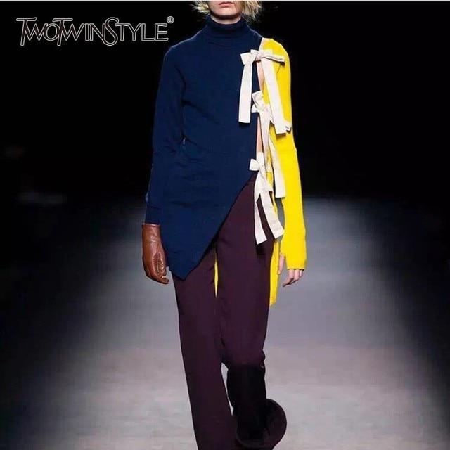 TWOTWINSTYLE סריגת סוודר חולצות נקבה גולף ארוך שרוול תחרה עד טלאים Hit צבע נשים סוודר 2019 אביב אופנה