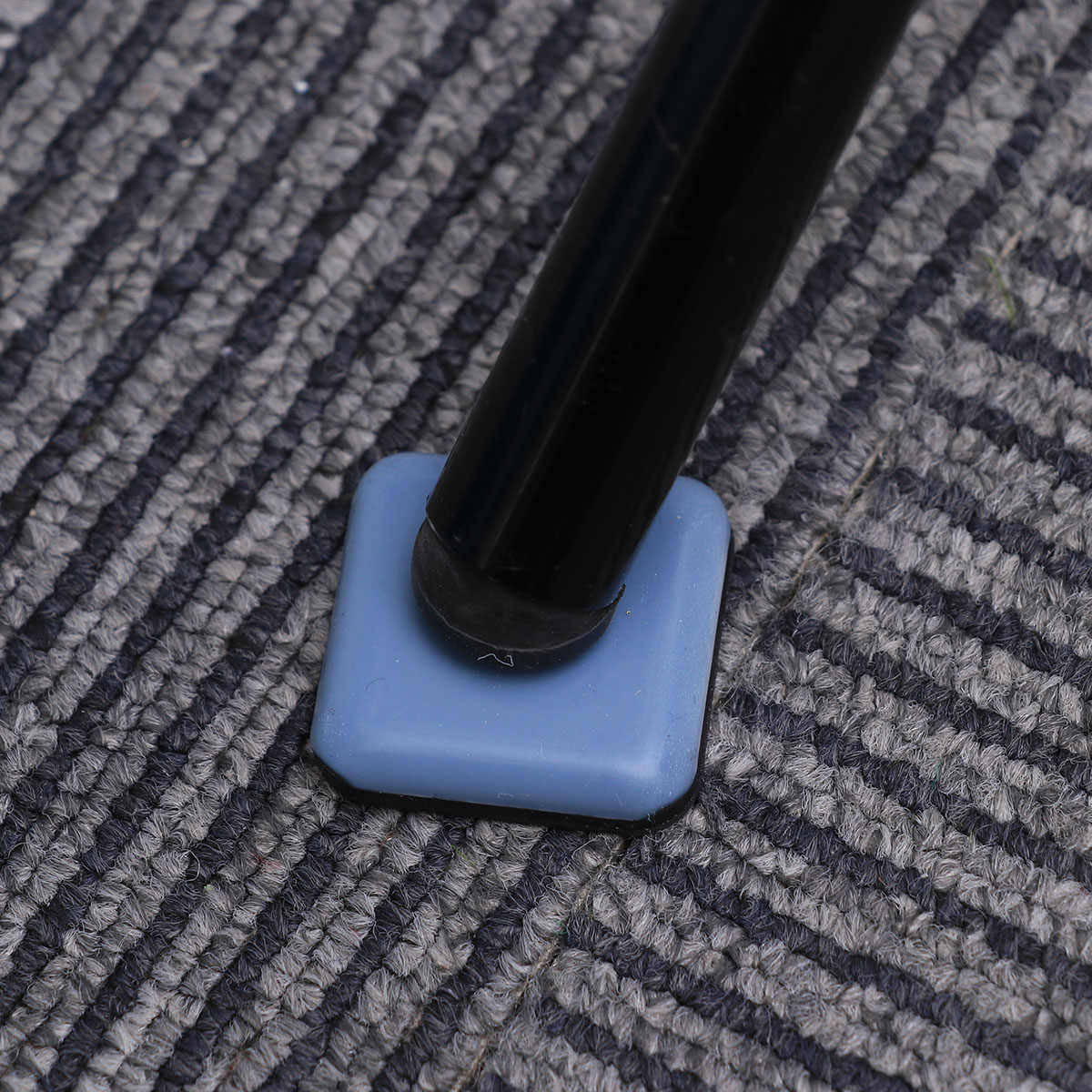 Упаковка из 16 легко перемещается Сгущает бесшумный самоклеящийся защита для пола Pad ноги крышка ноги дно для мебели, стульев и столов