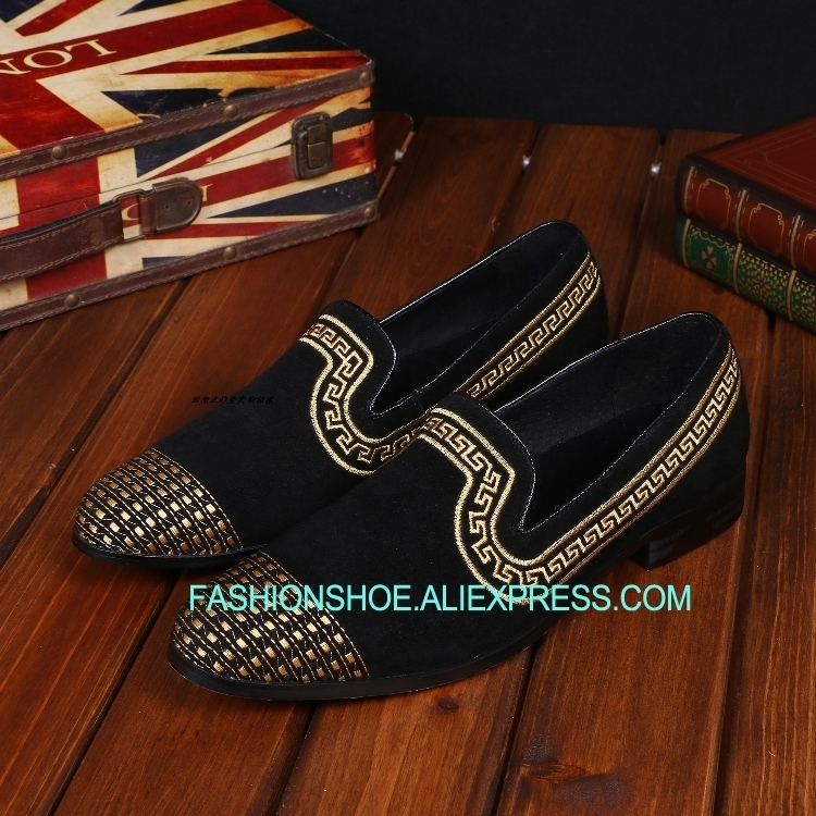 Fashion Embroidery Lace Mens Groom Wedding Shoes Slip on Loafers Boats For men Genuine leather British Style Flats Shoes HombreFashion Embroidery Lace Mens Groom Wedding Shoes Slip on Loafers Boats For men Genuine leather British Style Flats Shoes Hombre