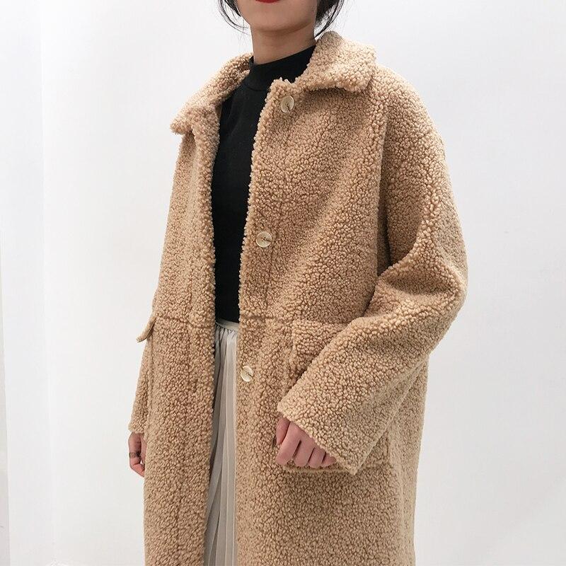 Manteau de fourrure d'agneau commuter long Hepburn vent manteau en laine broderie femme