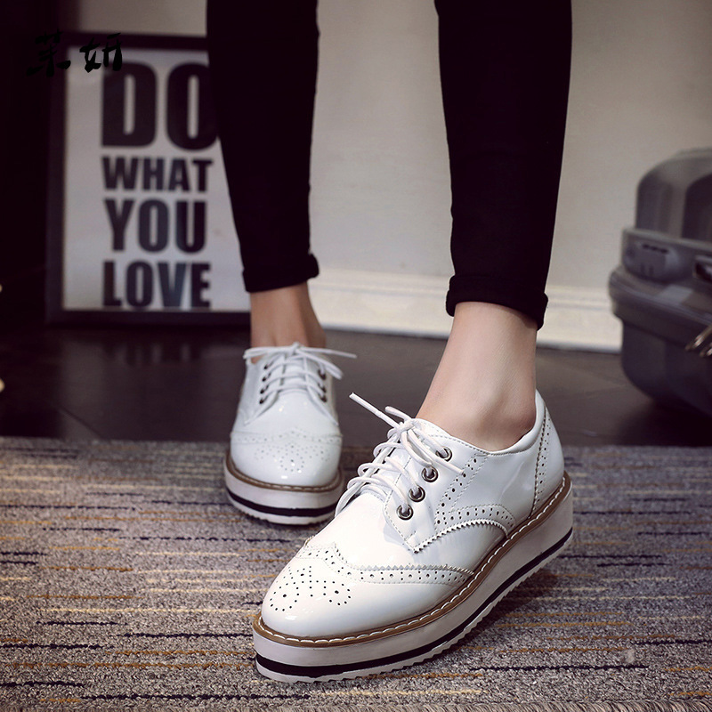Spring Autumn Single Shoes Fashion Shoes Women Brogue Casual Shoes Wedges Lacing Wedge Thick Heel New Arrival CarvedSpring Autumn Single Shoes Fashion Shoes Women Brogue Casual Shoes Wedges Lacing Wedge Thick Heel New Arrival Carved