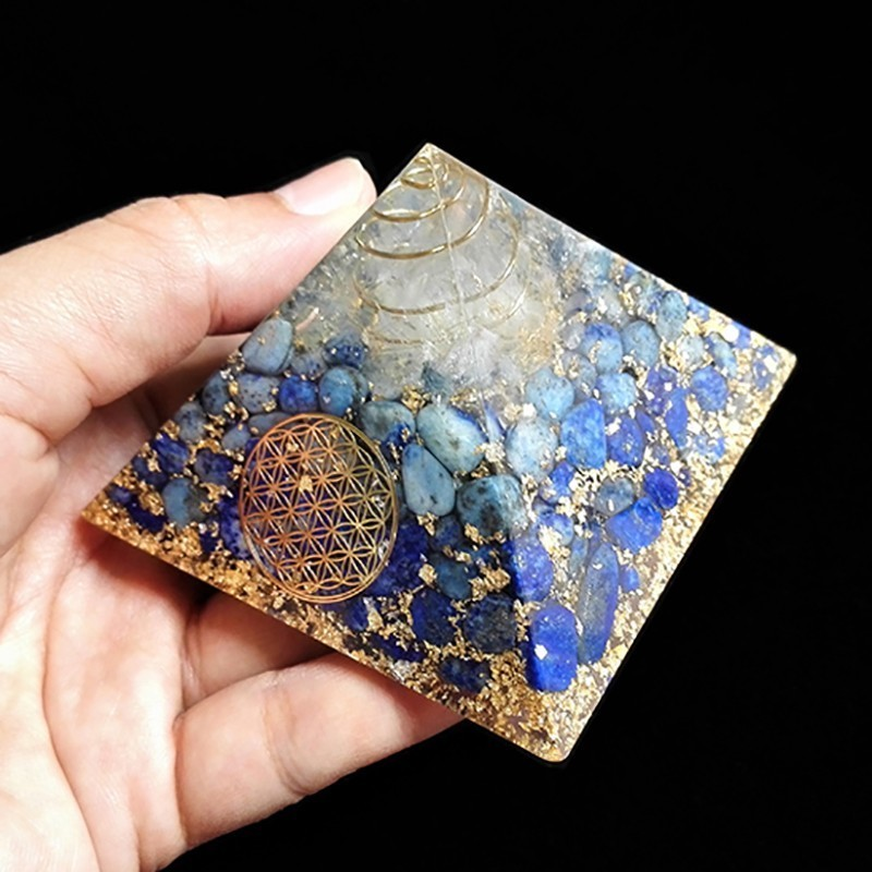 AURA REIKI 3.5 Inch Orgonite Pyramid Vishuddha Chakra Zadkiel Lapis Blue Natural Crystal Resin Decorative Craft Jewelry C0144