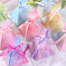 50pcs European Style Triangle Candy Box Wedding Color Carton for Party Favors Decoration C