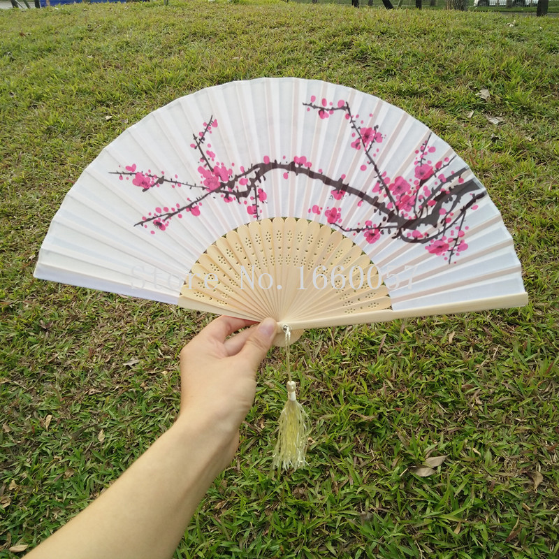50pcs Personalized New Plum Blossom Silk Wedding Favor Gift Flower Hand Fan Cherry Blossom Folding Printing