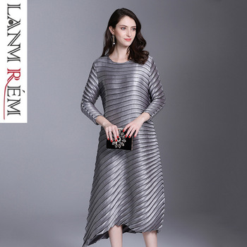 LANMREM 2019 spring New Fashion Pleats Three Quarter Sleeve Irregular Dress Female's Loose Elastic Women Clothing Vestido YE852 1