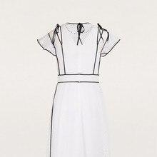 فستان كلاسيك أنيق باللون الأبيض موديل راقي