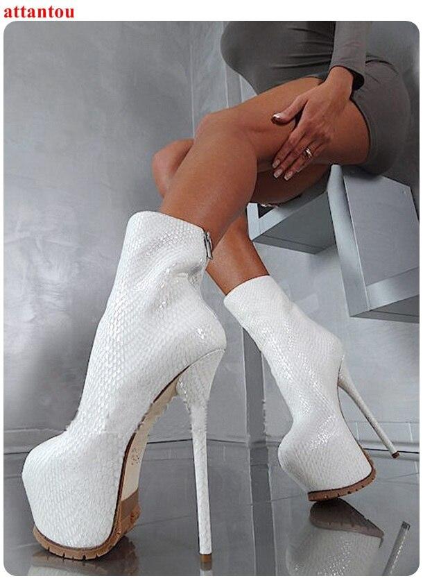 Sexy Mince Chaussons forme De Femmes Plate Bottines Afficher Chaussures Talon Beige Serpent Robe Mannequin Femelle Parti Courtes Mode Cheville Blanc Peau j4L3RAq5