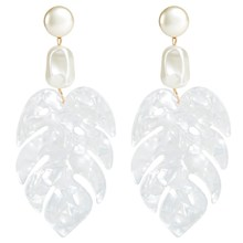 2019 New Arrival White Color Resin Leaf Big Drop Earring Vintage Geometric Boho Fresh Dangle
