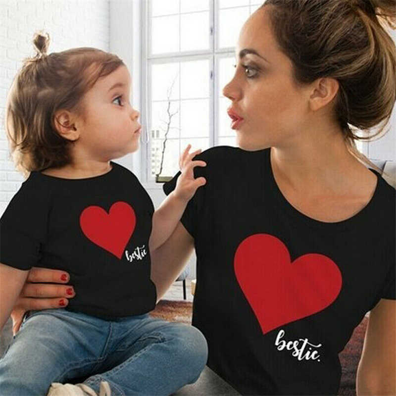 Ropa de mamá y yo, camiseta de verano con estampado de corazón, trajes de familia, ropa a juego para Bebé y Mamá