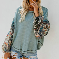 PEONFLY Women Pullovers Knitted Sweater Boho Printed Long Bell Sleeve O  Neck Pullovers Loose Jumper Female d5707d61215c