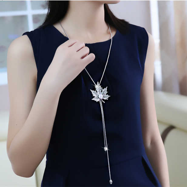 2019 Hot New Fashion Crystal Necklace Wholesale Maple Leaf Pendants Necklace Maxi Long Statement Necklace For Women Jewelry