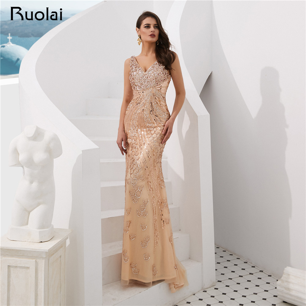 Luxury   Evening     Dress   2019 Dubai V-Neck Mermaid   Evening   Gown Long Heavy Beaded Prom Party   Dress   Robe de Soiree SN12