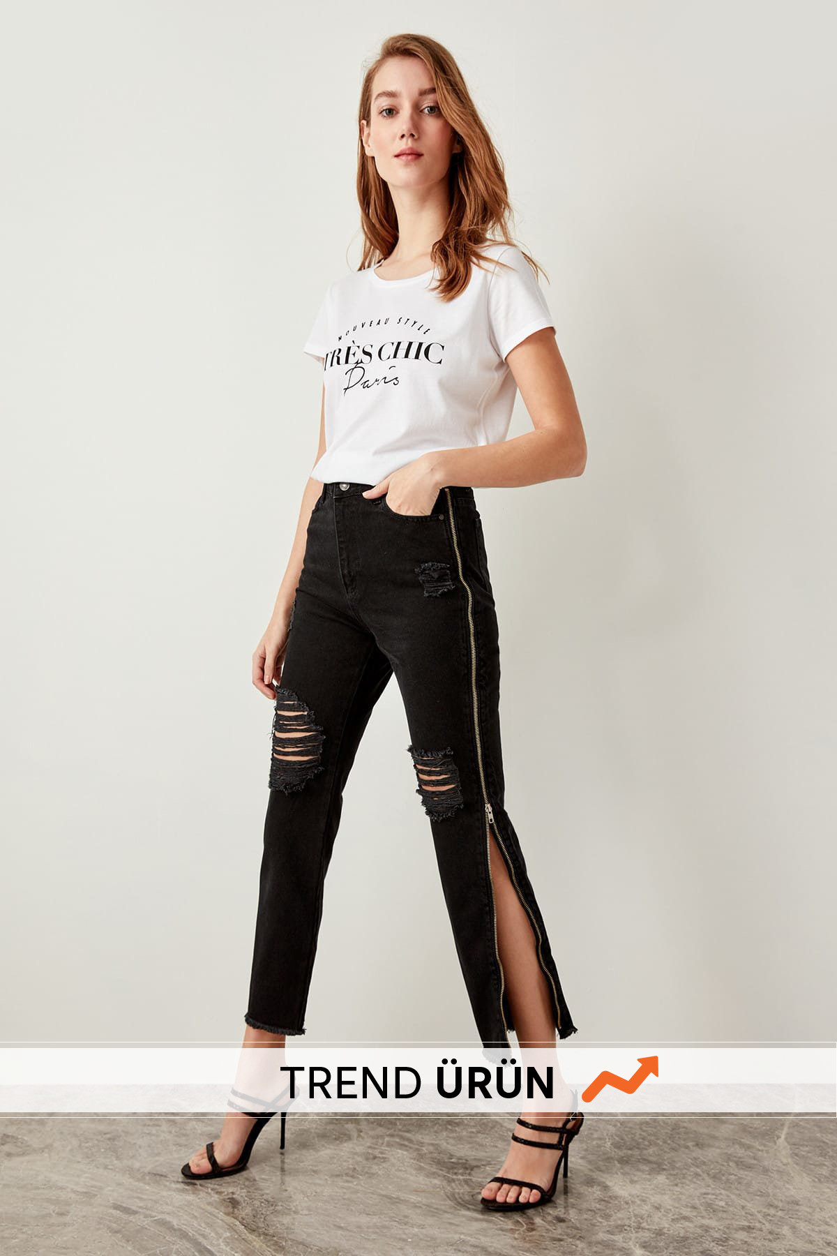 Trendyol Detailed Black Side Zipper High Waist Jeans Mom TCLSS19NI0003