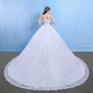 Image 2 - Luxe grande taille robe De mariée élégant dentelle Appliques col en v perles robes De mariée 2020 cristal à lacets blanc Vestido De Noiva