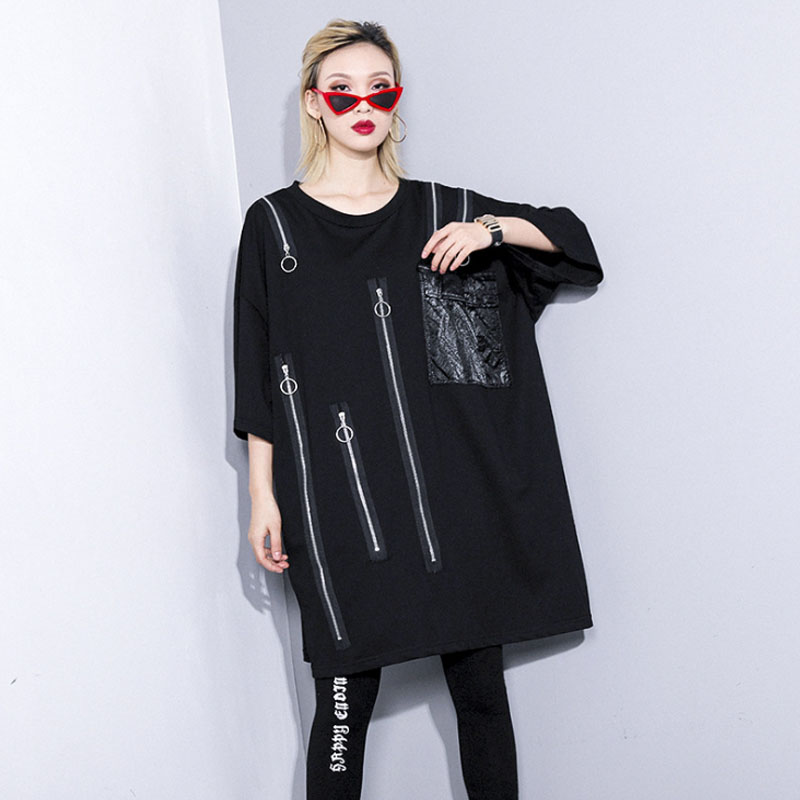 2019 New Summer O-neck Three-quarter Sleeve Black Zipper Pocket Stitch Oversized T-shirt Women Fashion Plus size