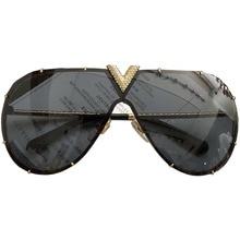 89c7ed7c3a9 Fashion Aviation Diamond Frame Sunglasses Female Classic Eyeglasses Rivet  decoration Retro Women Men Sun Glasses Pilot