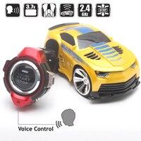 Nuevo Reloj inteligente RC coche de comando de voz juguetes con Control remoto de coches juegos de carreras juguetes para los niños Potencia Bicicleta Carretera