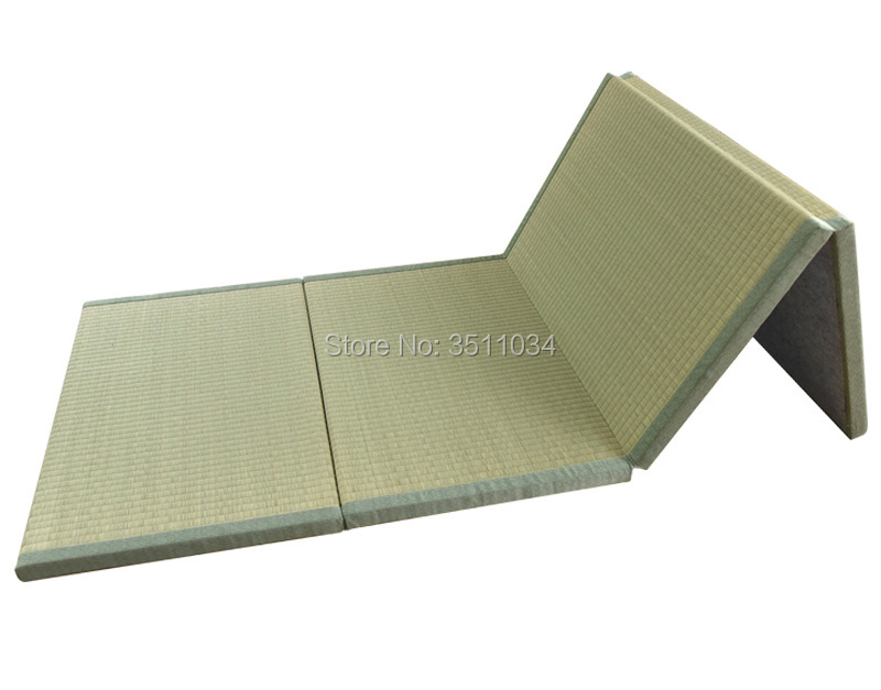 Folding Japanese Traditional Tatami Mattress Mat Foldable Floor Straw Rushes Grass Mat For Yoga Sleeping Tatami Mat Flooring