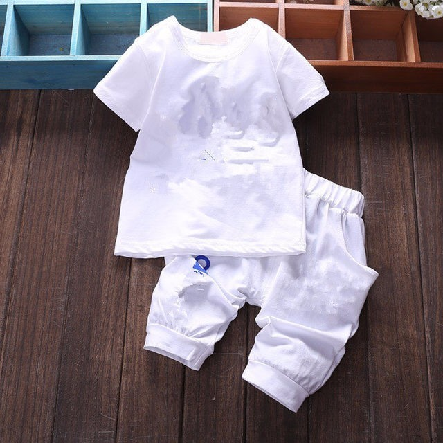 Brand Baby Clothing Designer Newborn Clothes 2019 Summer Baby Girls and Boys Suits Short Sleeved T-shirt + Shorts Clothing Sets 4