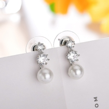 Fashion Shiny Cubic Zirconia Crystal Earrings Womens Jewelry Gift Elegant Silver Color  Simulated Pearl Wholesale